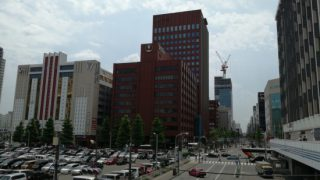 札幌駅お隣の駐車場・駐輪場。再開発予定地